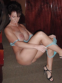 Moms High Heels Pics